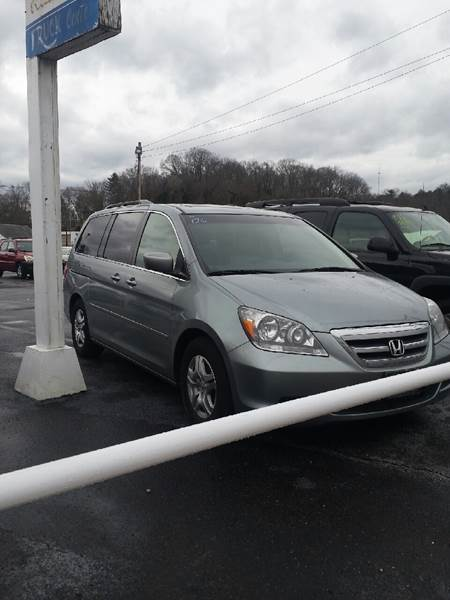 2006 Honda Odyssey for sale at Bates Auto & Truck Center in Zanesville OH
