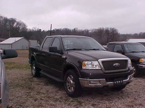 2005 Ford F-150 for sale at Bates Auto & Truck Center in Zanesville OH