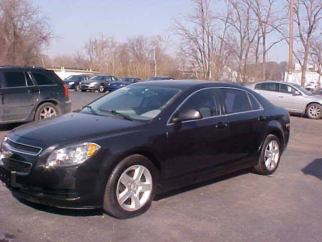 2011 Chevrolet Malibu for sale at Bates Auto & Truck Center in Zanesville OH