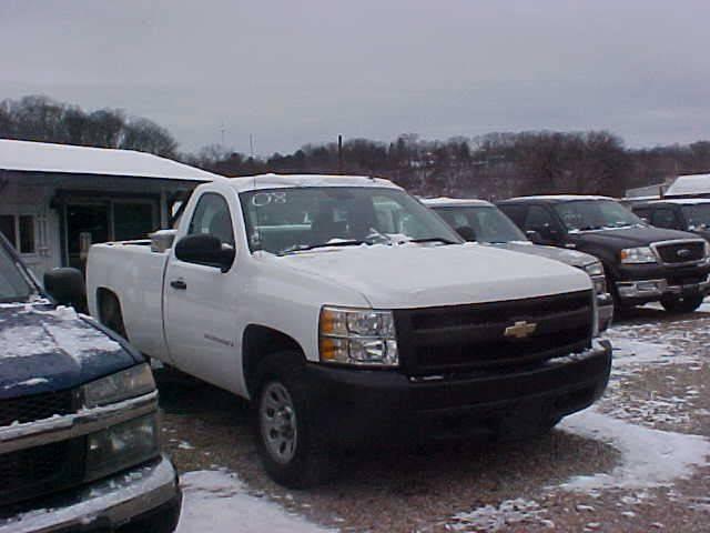 2008 Chevrolet Silverado 1500 for sale at Bates Auto & Truck Center in Zanesville OH