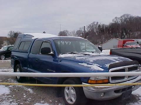 1997 Dodge Dakota for sale at Bates Auto & Truck Center in Zanesville OH
