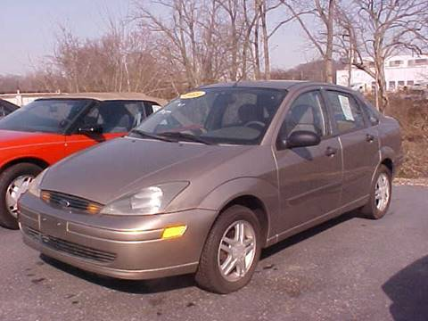 2003 Ford Focus for sale at Bates Auto & Truck Center in Zanesville OH