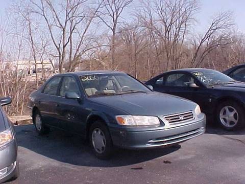2000 Toyota Camry for sale at Bates Auto & Truck Center in Zanesville OH