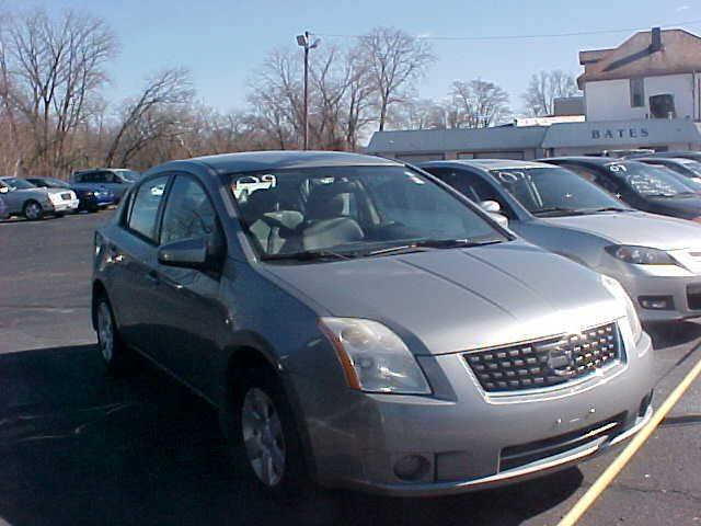 2009 Nissan Sentra for sale at Bates Auto & Truck Center in Zanesville OH