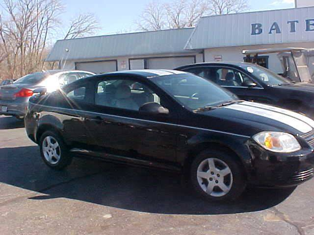2005 Chevrolet Cobalt for sale at Bates Auto & Truck Center in Zanesville OH