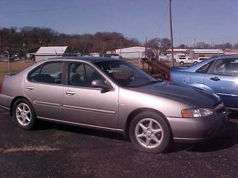 2001 Nissan Altima for sale at Bates Auto & Truck Center in Zanesville OH