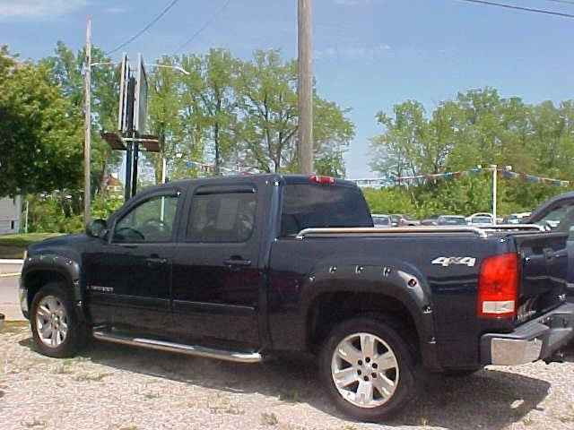 2008 GMC Sierra 1500 for sale at Bates Auto & Truck Center in Zanesville OH
