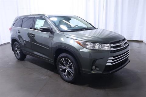 2017 Toyota Highlander for sale in Wichita, KS