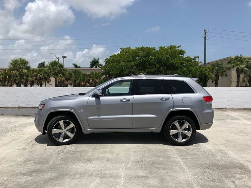 2016 Jeep Grand Cherokee 4x2 Overland 4dr Suv In West Palm