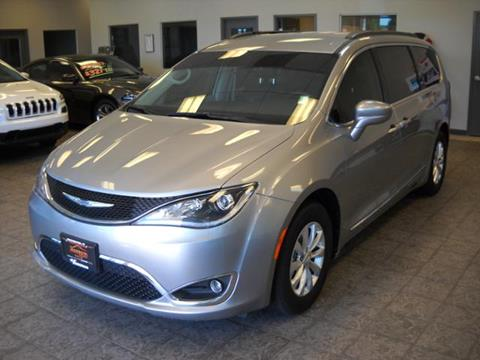 2017 Chrysler Pacifica for sale in Rochester IN
