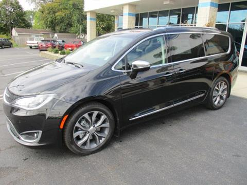 2018 Chrysler Pacifica for sale in Rochester, IN