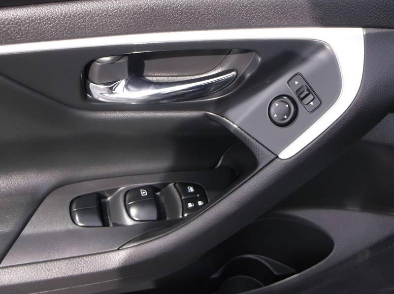 2016 Nissan Altima for sale at Jacksons Car Corner Inc in Hastings NE