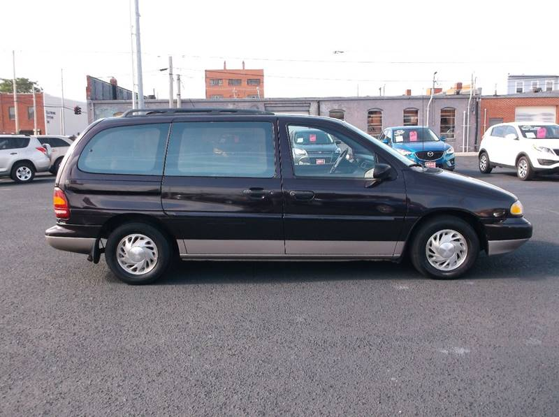 1996 Ford Windstar for sale at Jacksons Car Corner Inc in Hastings NE