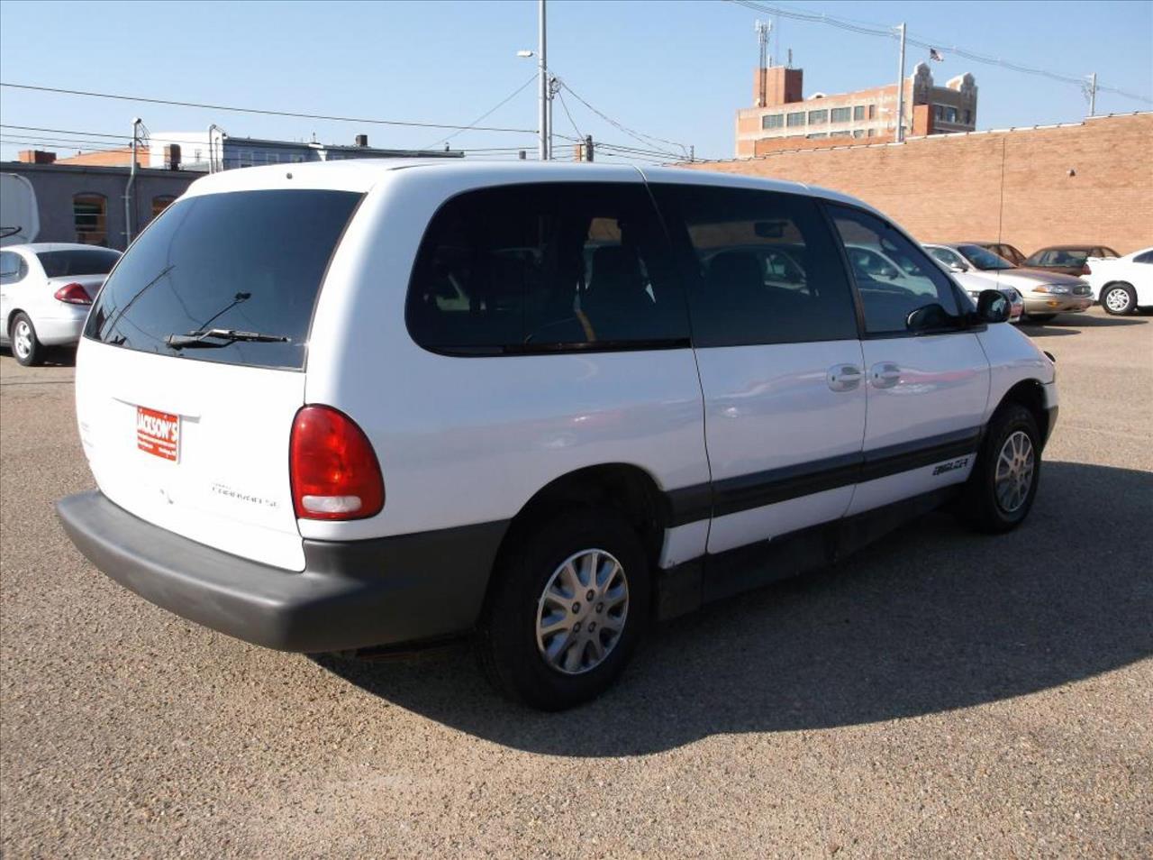 Dodge dodge 1999 caravan : 1999 Dodge Grand Caravan SE In Hastings NE - Jacksons Car Corner Inc
