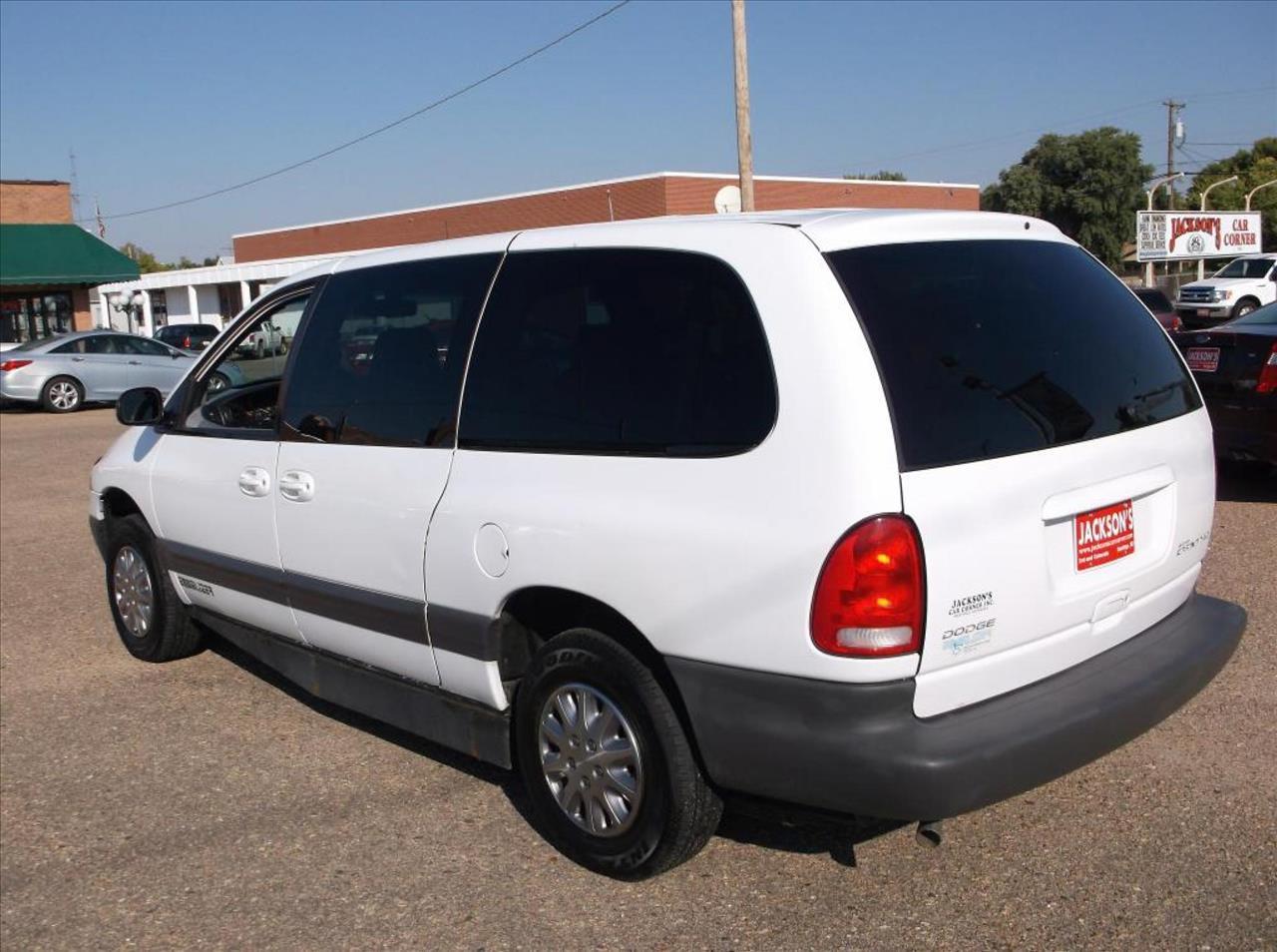 1999 Dodge Grand Caravan for sale at Jacksons Car Corner Inc in Hastings NE