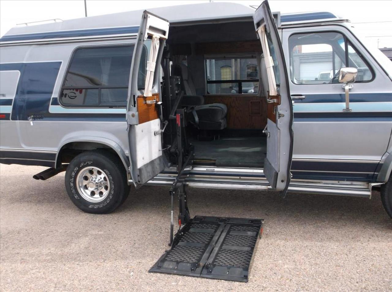 1990 Ford Econoline Wagon for sale at Jacksons Car Corner Inc in Hastings NE