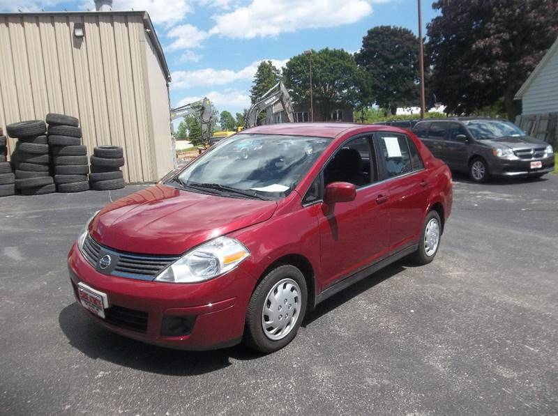 2008 Nissan Versa for sale at PEKARSKE AUTOMOTIVE INC in Two Rivers WI