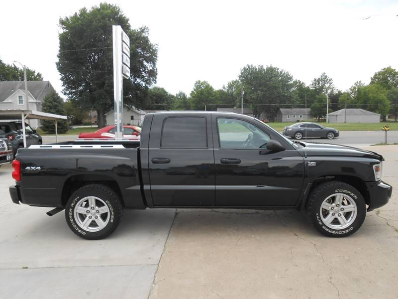 2010 Dodge Dakota for sale at Nemaha Valley Motors in Seneca KS