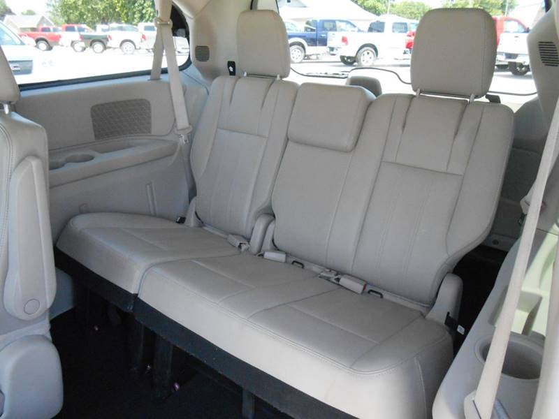 2013 Chrysler Town and Country for sale at Nemaha Valley Motors in Seneca KS