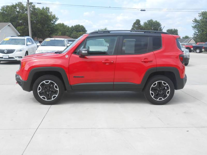 2017 Jeep Renegade for sale at Nemaha Valley Motors in Seneca KS