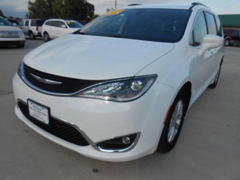 2017 Chrysler Pacifica for sale in Seneca, KS