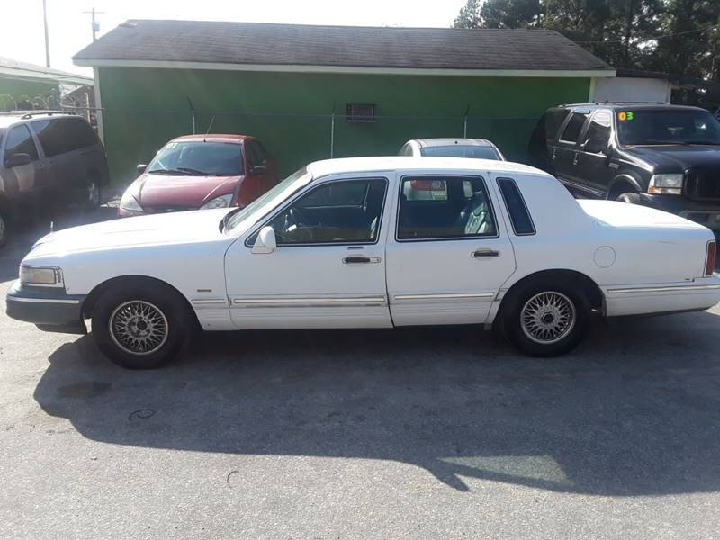 1995 Lincoln Town Car Executive In Fayetteville Nc Allen S Automotive