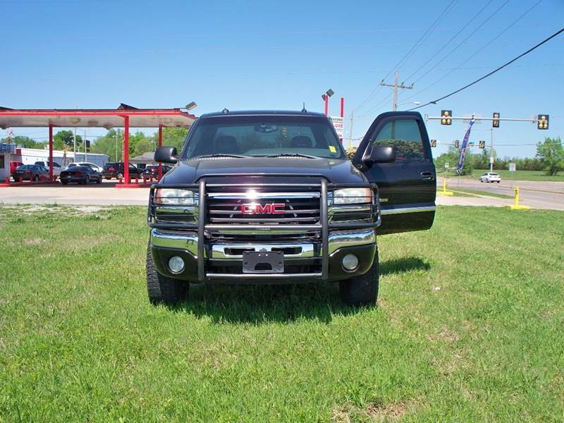 2003 GMC Sierra 2500HD for sale at Calidos Auto Sales in Tulsa OK