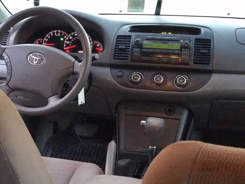 2005 Toyota Camry LE 4dr Sedan - Lake City GA