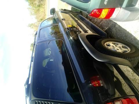 2005 Chevrolet Suburban for sale at Finish Line Auto LLC in Luling LA
