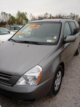 2010 Kia Sedona for sale at Finish Line Auto LLC in Luling LA