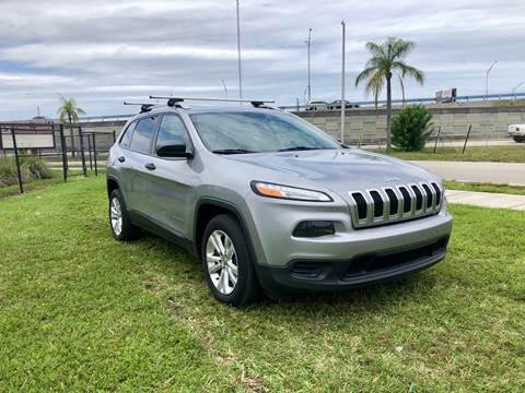 2015 Jeep Cherokee for sale in Hallandale Beach, FL