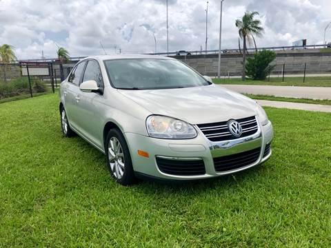 2010 Volkswagen Jetta for sale in Hallandale Beach, FL
