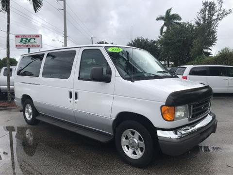 2005 Ford E-Series Wagon for sale in West Palm Beach, FL