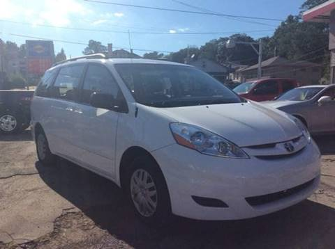 2006 Toyota Sienna for sale at Cerra Automotive in Greensburg PA