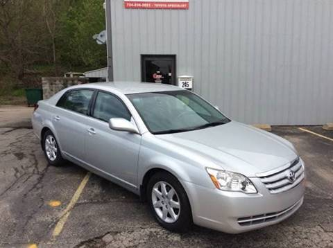 2005 Toyota Avalon for sale at Cerra Automotive in Greensburg PA