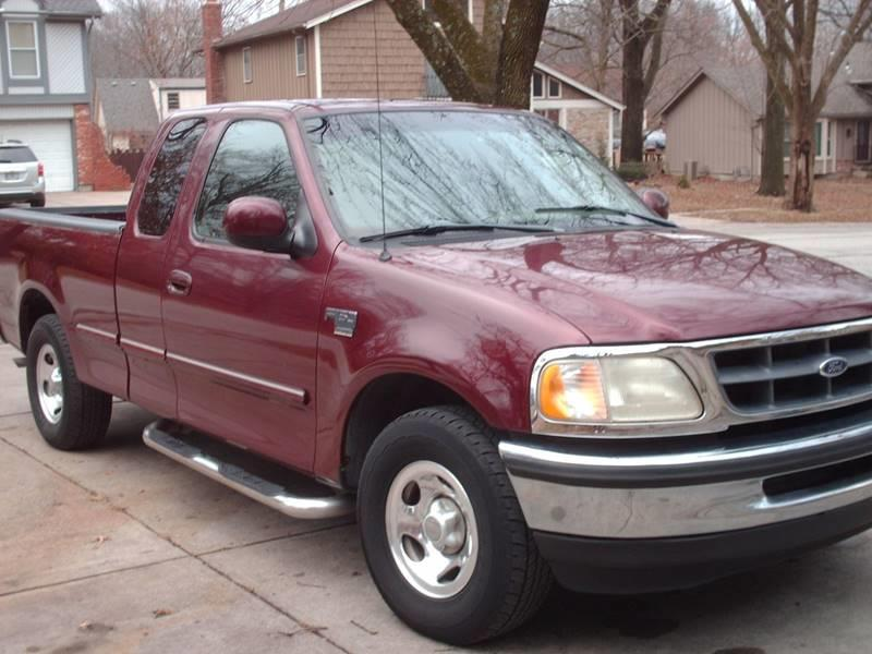 1998 Ford F-150 for sale at A-1 USED CARS in Pleasant Valley MO