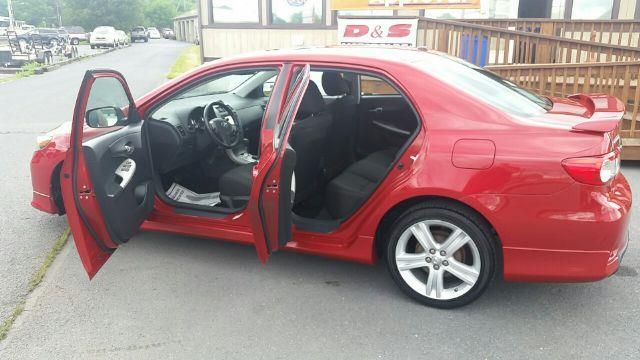 2013 Toyota Corolla S Sedan 4D - Mechanicsburg PA