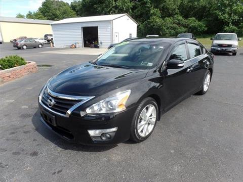 2014 Nissan Altima for sale in Perry, OH