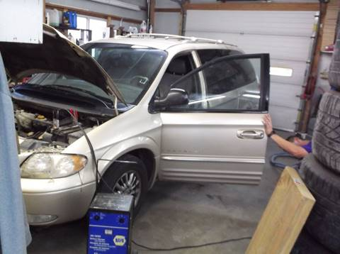 2001 Chrysler Town and Country for sale at Yellow Brick Road Auto Sales in Larned KS
