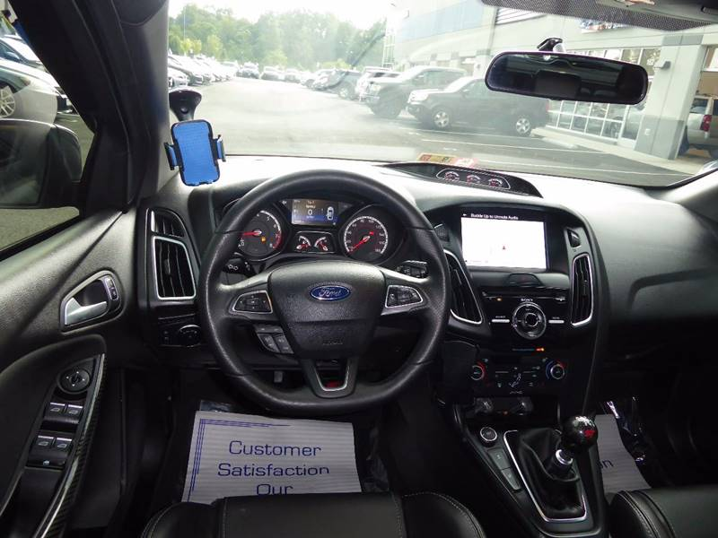2016 Ford Focus for sale at Loudoun Motor Cars in Chantilly VA