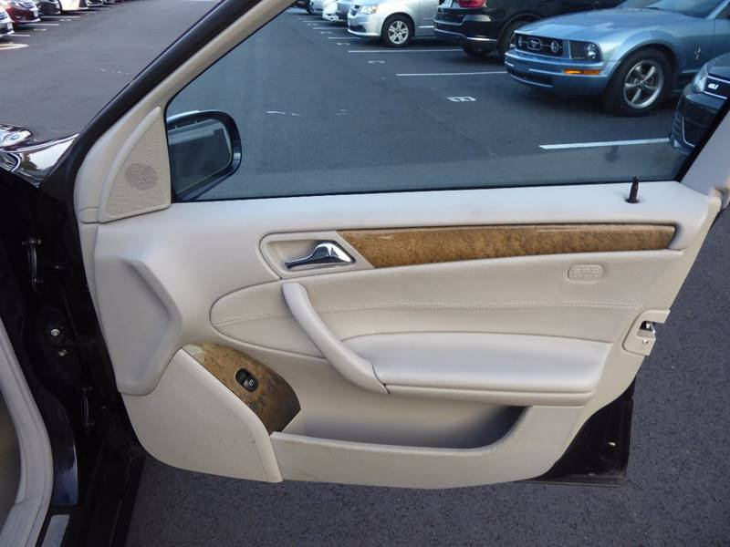 2007 Mercedes-Benz C-Class for sale at Loudoun Motor Cars in Chantilly VA