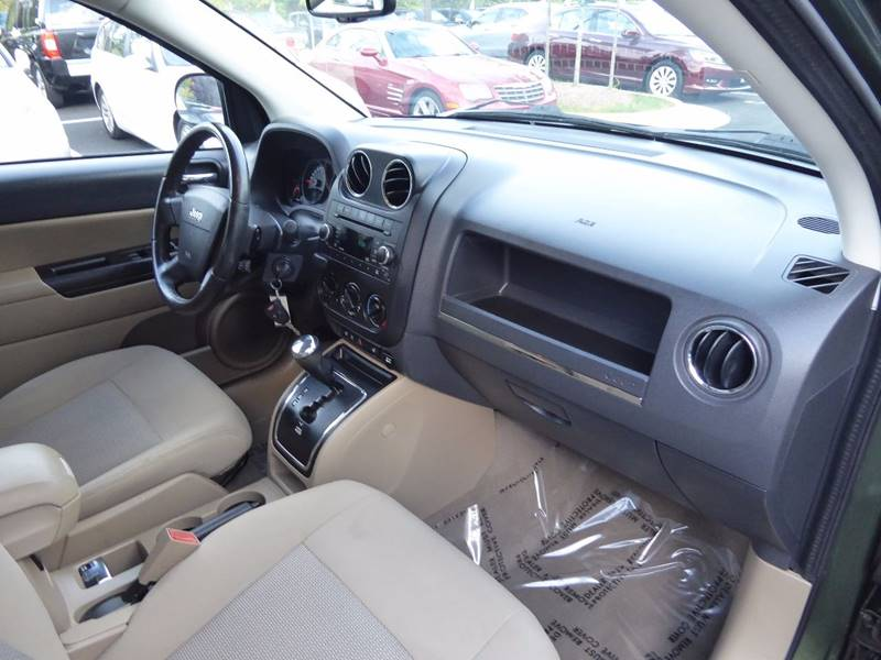 2009 Jeep Compass for sale at Loudoun Motor Cars in Chantilly VA