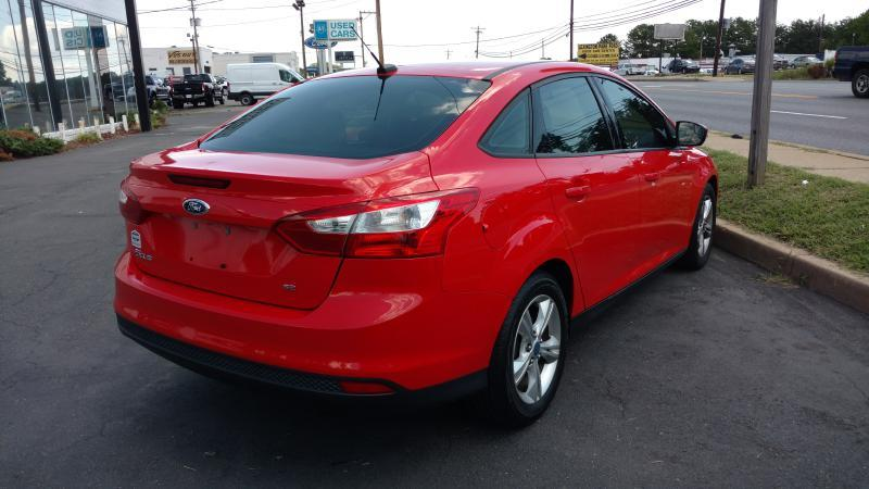 2013 Ford Focus SE 4dr Sedan - Lexington Park MD