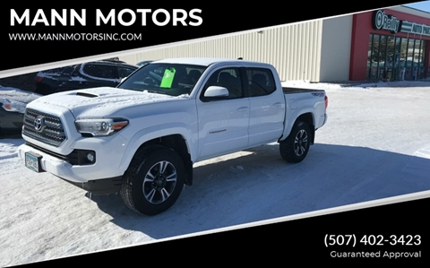 2017 Toyota Tacoma for sale at MANN MOTORS in Albert Lea MN