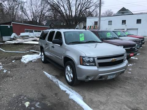 2008 Chevrolet Suburban for sale at MANN MOTORS in Albert Lea MN