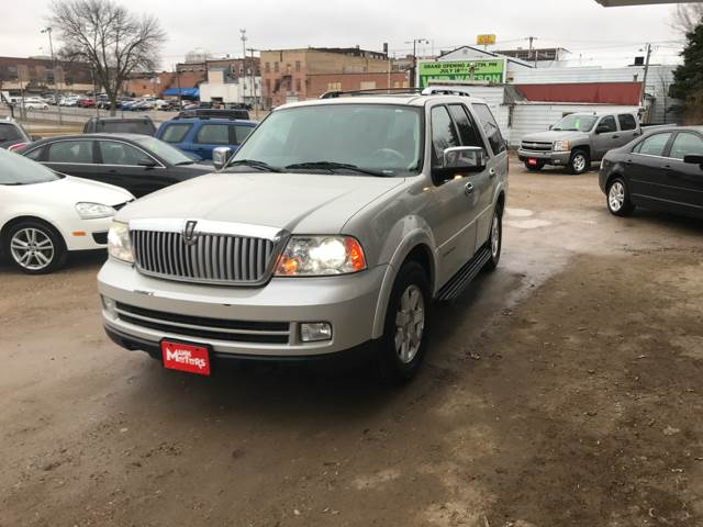 2006 Lincoln Navigator for sale at MANN MOTORS in Albert Lea MN