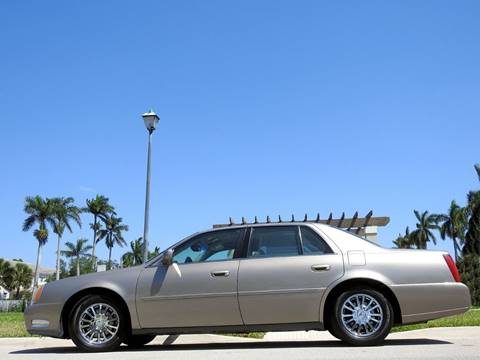 2004 Cadillac DeVille for sale at M.D.V. INTERNATIONAL AUTO CORP in Fort Lauderdale FL