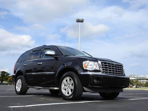 2008 Chrysler Aspen for sale at M.D.V. INTERNATIONAL AUTO CORP in Fort Lauderdale FL
