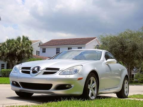 2006 Mercedes-Benz SLK for sale at M.D.V. INTERNATIONAL AUTO CORP in Fort Lauderdale FL
