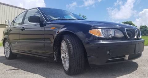 2003 BMW 3 Series for sale at M.D.V. INTERNATIONAL AUTO CORP in Fort Lauderdale FL